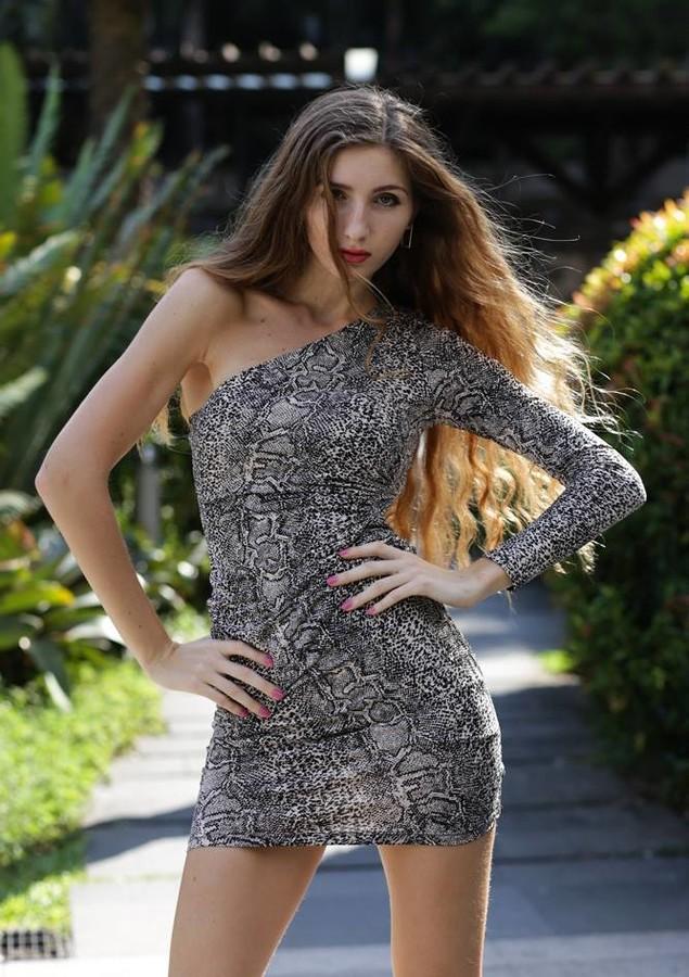 Olga Aleshicheva model (модель). Photoshoot of model Olga Aleshicheva demonstrating Fashion Modeling.Fashion Modeling Photo #175860