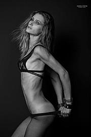 Olga Boyko model (modella). Photoshoot of model Olga Boyko demonstrating Body Modeling.Body Modeling Photo #95720