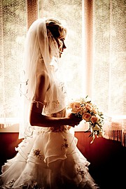 Olga is a certified professional photographer based in Kiev, Ukraine. She strives to capture the real moments. Her work ranges from wedding,