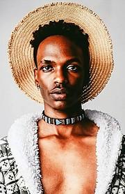 Olubayi Olubayi model. Photoshoot of model Olubayi Olubayi demonstrating Face Modeling.Face Modeling Photo #229686