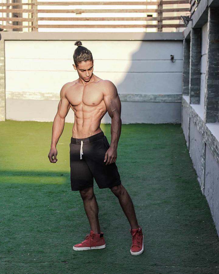 Omar Khaled Hussein model. Photoshoot of model Omar Khaled Hussein demonstrating Body Modeling.Body Modeling Photo #217131