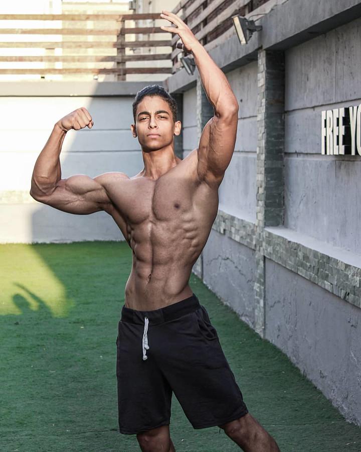 Omar Khaled Hussein model. Photoshoot of model Omar Khaled Hussein demonstrating Body Modeling.Body Modeling Photo #217132