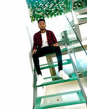 Oscar Ezichi Is a new rising domestic Nigerian model and fashion designer currently based in Northern Cyprus Famagusta precisely. Oscar also
