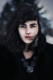 Oskar Hallgrimsson photographer (ljósmyndari). Work by photographer Oskar Hallgrimsson demonstrating Portrait Photography.Portrait Photography Photo #95252