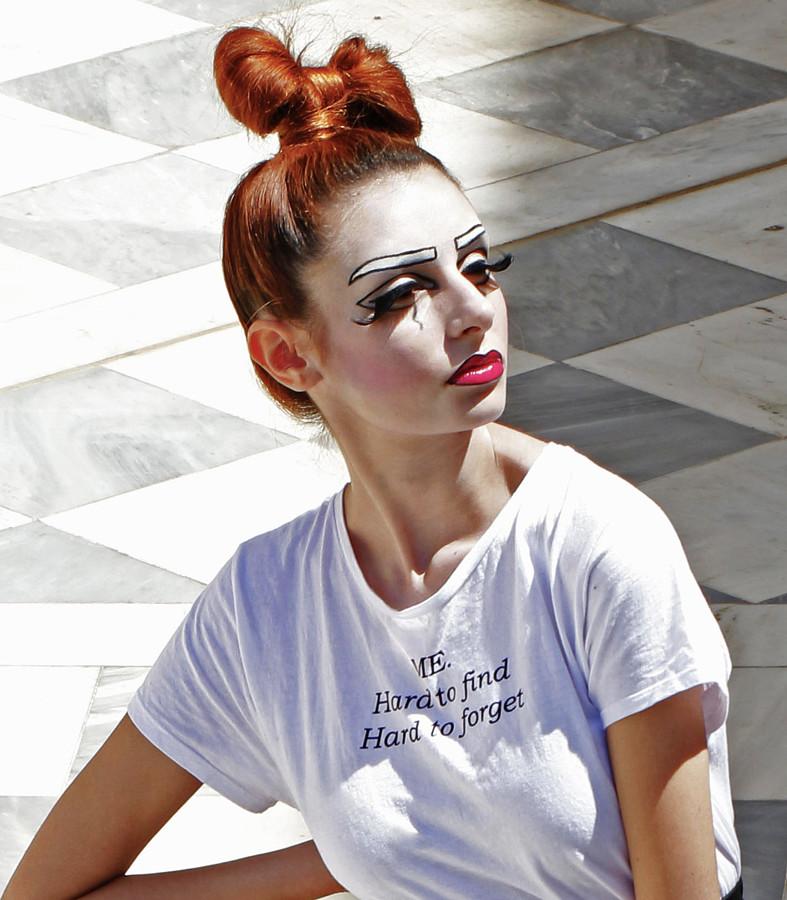 Panagiota Vasilopoulou makeup artist (Παναγιώτα Βασιλοπούλου μακιγιέρ). Work by makeup artist Panagiota Vasilopoulou demonstrating Fashion Makeup.Fashion Makeup Photo #230634