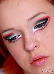 Patrycja Robakowska makeup artist (makijażysta). Work by makeup artist Patrycja Robakowska demonstrating Creative Makeup.Creative Makeup Photo #43431