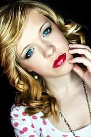 Patrycja Robakowska makeup artist (makijażysta). Work by makeup artist Patrycja Robakowska demonstrating Beauty Makeup.Beauty Makeup Photo #78564