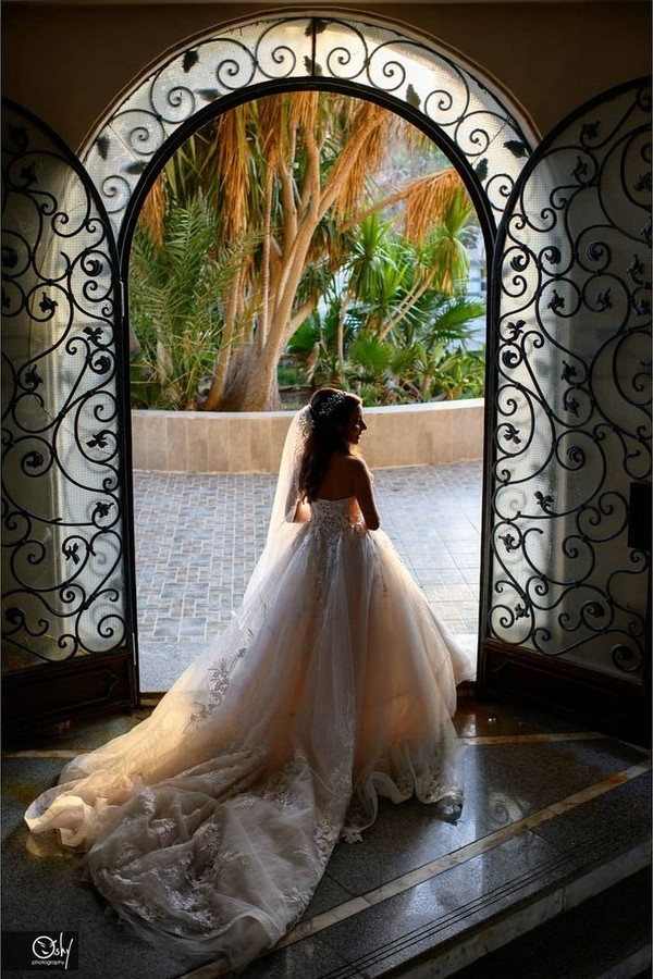 Peter George wedding portraits photographer. Work by photographer Peter George demonstrating Wedding Photography.Wedding Photography Photo #231493
