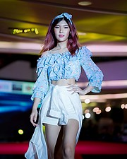 Pimnhara Wanichwichai is a model based in Bangkok, Thailand. Her work experience includes photoshoots as well as participation in fashion an