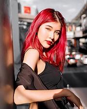 Pimnhara Wanichwichai model. Photoshoot of model Pimnhara Wanichwichai demonstrating Face Modeling.Face Modeling Photo #227633