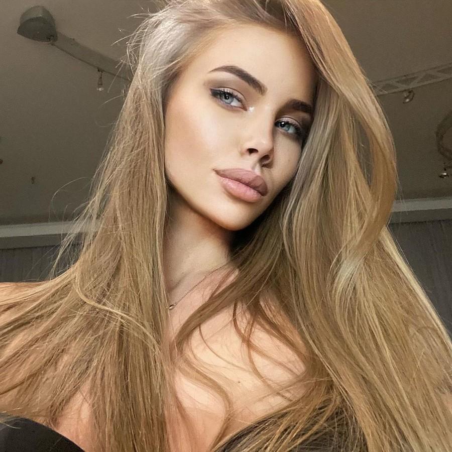 Polina Smirnova model (модель). Photoshoot of model Polina Smirnova demonstrating Face Modeling.Face Modeling Photo #232089