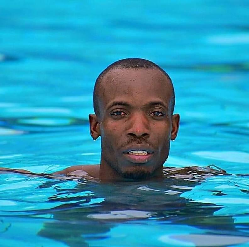 Prince Mpuru model. Photoshoot of model Prince Mpuru demonstrating Face Modeling.Face Modeling Photo #222708