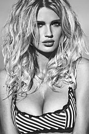 Rachel Marie Mortenson model. Photoshoot of model Rachel Marie Mortenson demonstrating Face Modeling.Face Modeling Photo #168690
