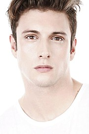 Ramiro Lozano model. Photoshoot of model Ramiro Lozano demonstrating Face Modeling.Face Modeling Photo #77585