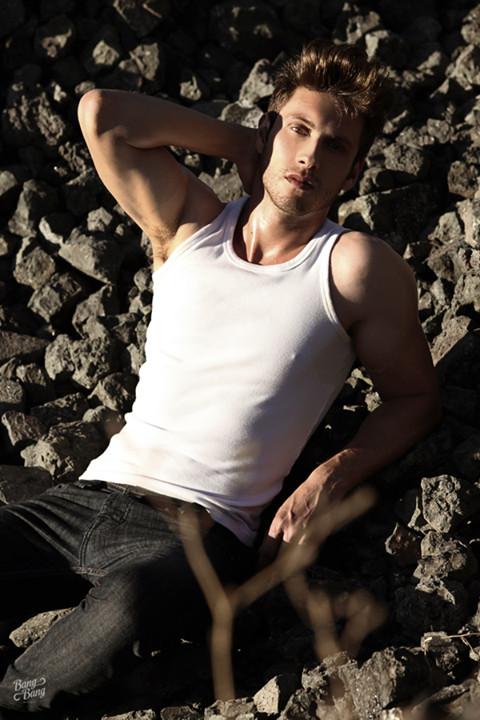 Ramiro Lozano model. Modeling work by model Ramiro Lozano. Photo #77590