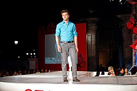 Ramiro Lozano model. Photoshoot of model Ramiro Lozano demonstrating Runway Modeling.Runway Modeling Photo #77596