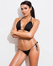 Raquel Petit model. Photoshoot of model Raquel Petit demonstrating Body Modeling.Body Modeling Photo #170709