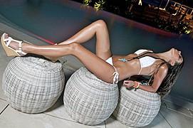 Raquel Petit model. Photoshoot of model Raquel Petit demonstrating Body Modeling.Body Modeling Photo #78677