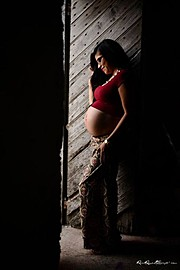 Raul Reyes photographer. Work by photographer Raul Reyes demonstrating Maternity Photography.Maternity Photography Photo #77393