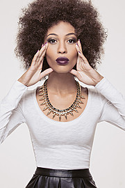 Raven Forrester model. Raven Forrester demonstrating Face Modeling, in a photoshoot by Jordan Fischels.Photographer: Jordan FischelsStyling and Makeup: Jacci Jacksonmodel: Raven ForresterNecklaceFace Modeling,Beauty Styling Photo #159630