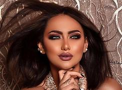 Rawan Sharaf model. Photoshoot of model Rawan Sharaf demonstrating Face Modeling.Face Modeling Photo #208043