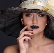 Rawan Sharaf model. Photoshoot of model Rawan Sharaf demonstrating Face Modeling.Face Modeling Photo #208044