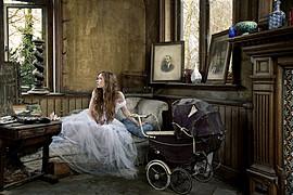 Rebecca Litchfield photographer. Work by photographer Rebecca Litchfield demonstrating Editorial Photography.Editorial Photography Photo #111393