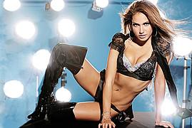 Rebecca Victoria Hardy model & wrestler. Photoshoot of model Rebecca Victoria Hardy demonstrating Body Modeling.Body Modeling Photo #109791