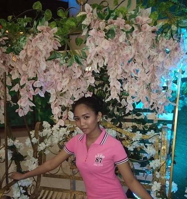 Reya Mae Yanoc Model