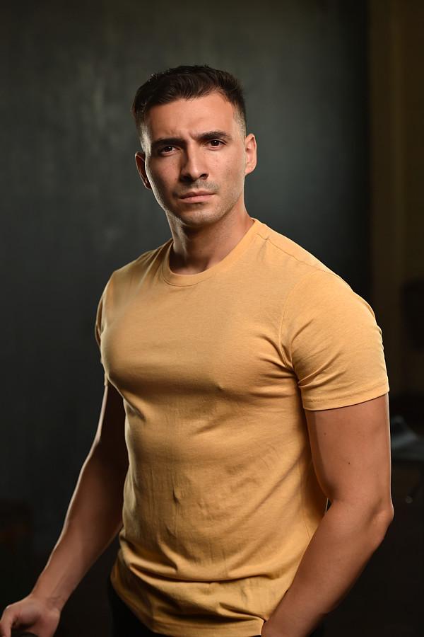 Rico Torres model. Photoshoot of model Rico Torres demonstrating Body Modeling.Body Modeling Photo #231662