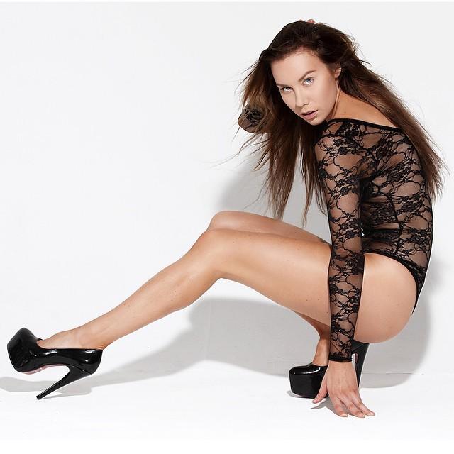 Riina Seise model (modèle). Photoshoot of model Riina Seise demonstrating Fashion Modeling.Fashion Modeling Photo #112233