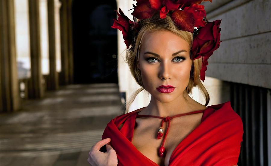 Riina Seise model (modèle). Photoshoot of model Riina Seise demonstrating Face Modeling.#richardbyugoFace Modeling Photo #187547