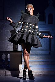 Romain Thevenin fashion designer (créateur). design by fashion designer Romain Thevenin.photographer: Virginie Le Gall Photo #177422