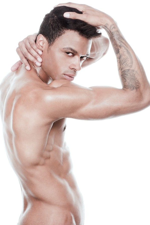Ronnie Damiono Brown model. Photoshoot of model Ronnie Damiono Brown demonstrating Body Modeling.FitnessBody Modeling Photo #77630