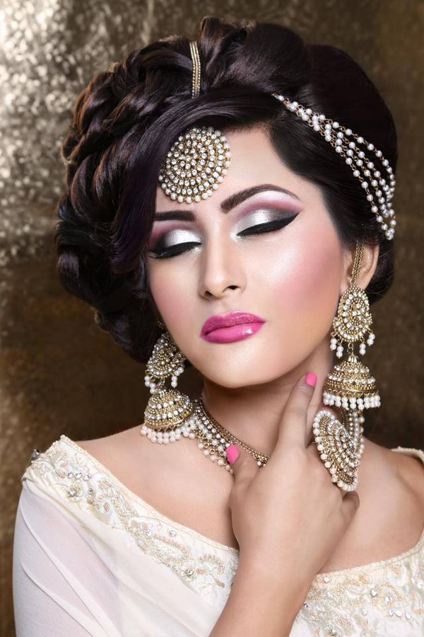 Roobia Din Makeup Artist & Hair Stylist