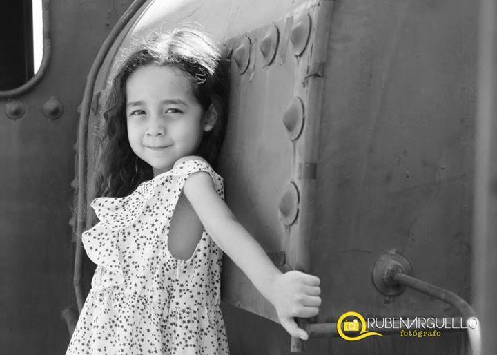 Ruben Arguello photographer. Work by photographer Ruben Arguello demonstrating Children Photography.Children Photography Photo #77373
