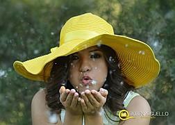 Fotografo Profesional. A tus ordenes en Ave. Santa Rosa de Lima 7048 a una cuadra de Eloy Cavazos en Guadalupe, NL. Horarios de Lunes a Vier