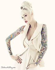 Sabina Kelley pinup model. Sabina Kelley demonstrating Face Modeling, in a photoshoot by Jason Ierace.Face Modeling Photo #95855