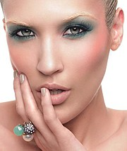 Saisha Beecham makeup artist. Work by makeup artist Saisha Beecham demonstrating Beauty Makeup.Beauty Makeup Photo #45452