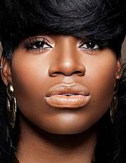 Saisha Beecham makeup artist. Work by makeup artist Saisha Beecham demonstrating Beauty Makeup.Face CloseupBeauty Makeup Photo #45453