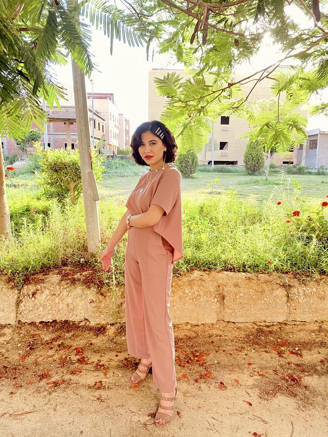 Sandi Ashraf Model