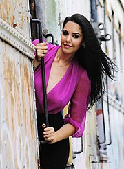 Sandra Lissett is a model of Cuban origin based in Florida. She has recently started modeling and is looking forward to expand her portfolio