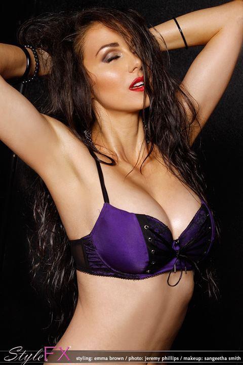 Sangeetha Smith makeup artist. makeup by makeup artist Sangeetha Smith. Photo #40501