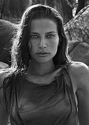Sara Cardillo model (modella). Photoshoot of model Sara Cardillo demonstrating Face Modeling.Face Modeling Photo #95744