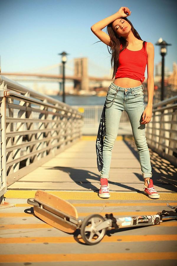 Shari Abdul model & actress. Photoshoot of model Shari Abdul demonstrating Fashion Modeling.Fashion Modeling Photo #95368