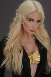 Shayna Alexis model. Photoshoot of model Shayna Alexis demonstrating Face Modeling.Face Modeling Photo #168386