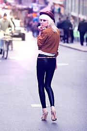 Shelley Mulshine model. Shelley Mulshine demonstrating Fashion Modeling, in a photoshoot by Paul PJ Cheng.photographer Paul PJ ChengFashion Modeling Photo #113031