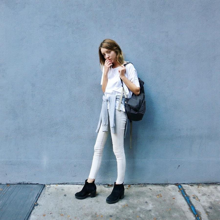 Shelley Mulshine model. Photoshoot of model Shelley Mulshine demonstrating Fashion Modeling.Fashion Modeling Photo #176568