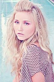 Sherie Marie Wilcox beauty therapist & model. Photoshoot of model Sherie Marie Wilcox demonstrating Face Modeling.Face Modeling Photo #92859