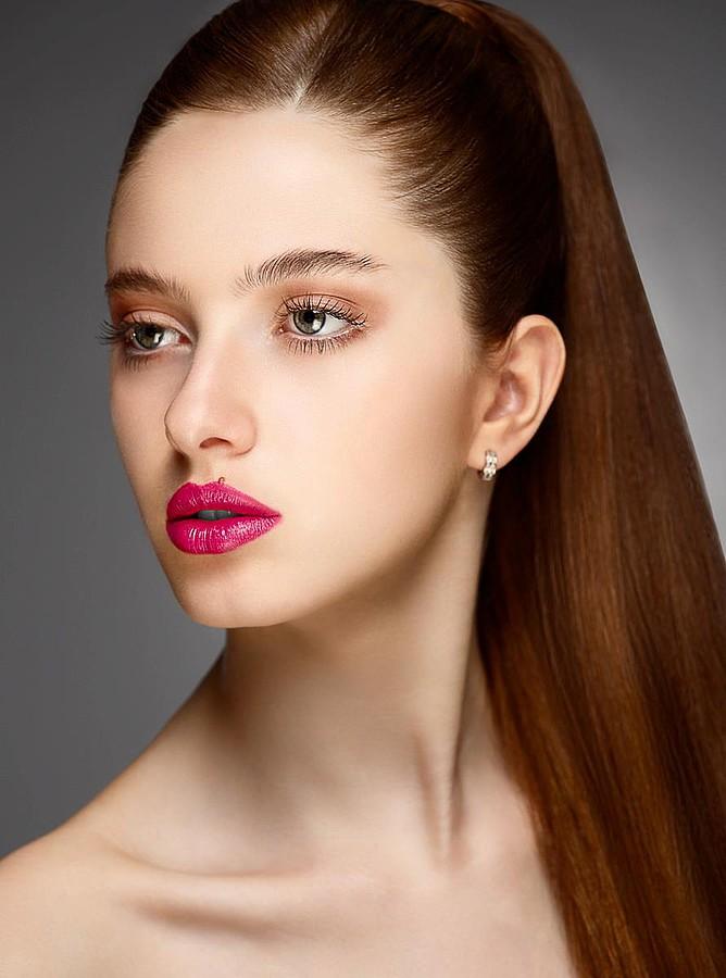 Siufer Gonzalez makeup artist. Work by makeup artist Siufer Gonzalez demonstrating Beauty Makeup.Beauty Makeup Photo #41775